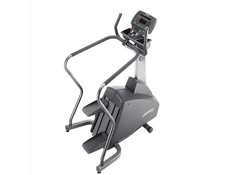 Factory photo of a Refurbished Life Fitness 93S Stepper