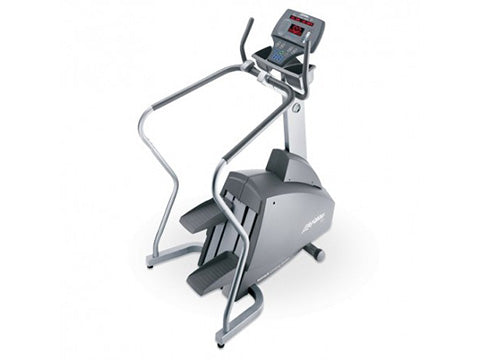 Factory photo of a Refurbished Life Fitness 93Si Stepper