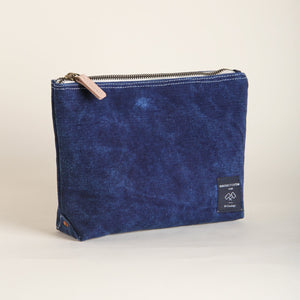 Pochette indigo Immodest cotton
