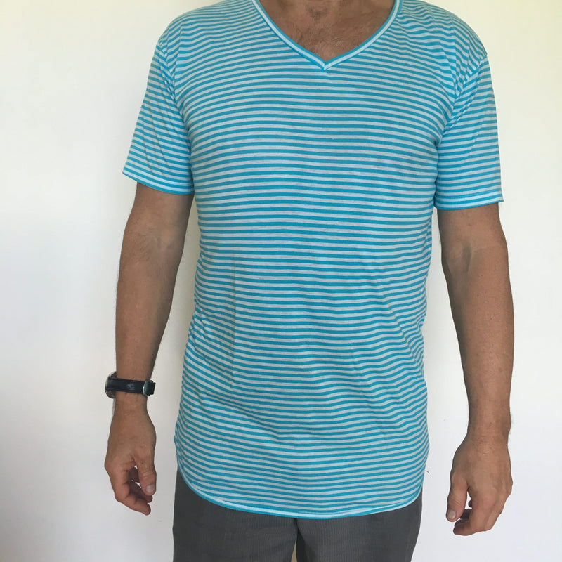 V-Neck Thin Stripe T-Shirt