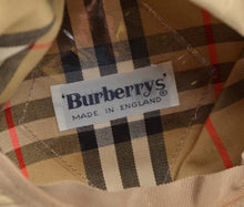 Load image into Gallery viewer, Vintage Burberrys Flatcap Hat Size S - Tan