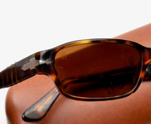 Load image into Gallery viewer, Persol 2602S Sunglasses - Tortoiseshell