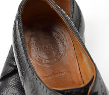 Load image into Gallery viewer, László Vass Scotch Grain Leather Shoes - Black