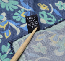 Load image into Gallery viewer, Wool/Silk Pocket Square Floral Print - Blue & Turquoise