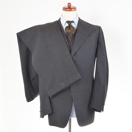 Handmade Bespoke (1975) 3 Piece Suit by Adamer Graz - Grey
