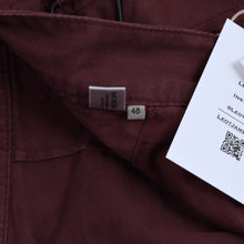 Load image into Gallery viewer, Bottega Veneta Cargo Shorts Size 48 - Burgundy