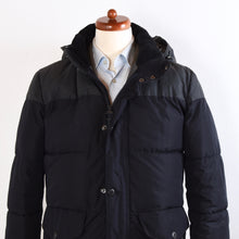 Load image into Gallery viewer, Barbour Cromer Fibredown Puffer Coat Size M - Navy/Grey