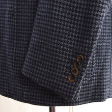 Load image into Gallery viewer, Luigi Bianchi Mantova Cashmere/Linen Jacket Size 50 - Houndstooth