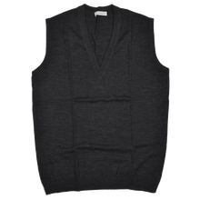 Load image into Gallery viewer, Sweater Vest by P.C. Leschka & Co. Wien Size 54  - Grey