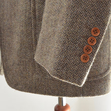 Load image into Gallery viewer, Sartoria Harris Tweed Jacket Size 52 - Brown
