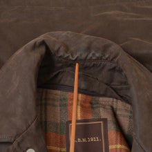 Load image into Gallery viewer, L.B.M. 1911/Lubiam Waxed Jacket Size 52 - Brown