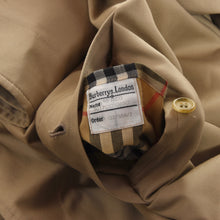 Load image into Gallery viewer, Burberrys Mac/Trench Size 46 - Tan