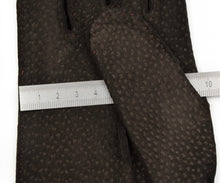 Load image into Gallery viewer, Unlined Carpinchos Suede Gloves Size 9 - Chocolate