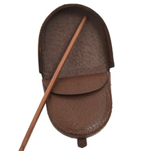 Load image into Gallery viewer, Classic Leather Change Purse - Brown