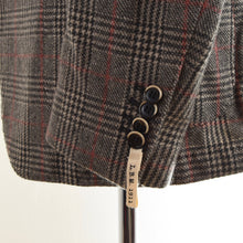 Load image into Gallery viewer, NEW LBM 1911 Cashmere Jacket Size 52 - Plaid