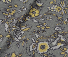 Load image into Gallery viewer, Wool/Silk Pocket Square Floral Print - Greys