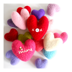 woolly sweet-hearts pattern