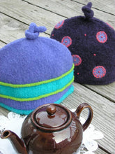 Load image into Gallery viewer, 2-Cup Tea Cozy pattern