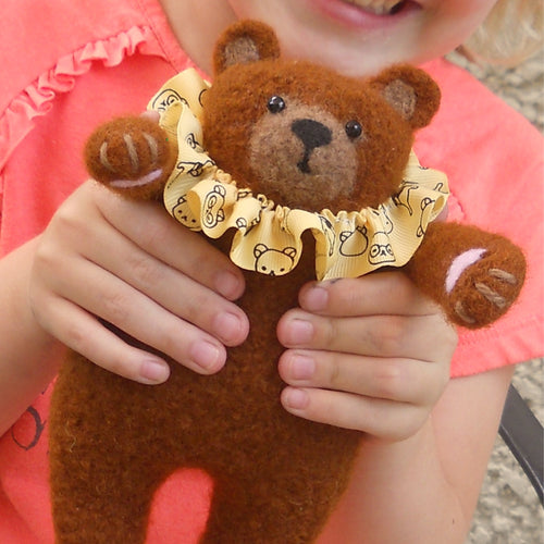 Lil' Bear Hugs Teddy Bear Pattern PDF