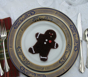 table decoration, woolly gingerbread cookie pattern