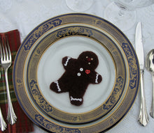 Load image into Gallery viewer, table decoration, woolly gingerbread cookie pattern