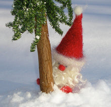 Load image into Gallery viewer, Woolly Santa Gnome pattern