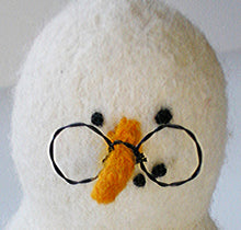 Load image into Gallery viewer, marie mayhew's woolly snowman accessories pattern