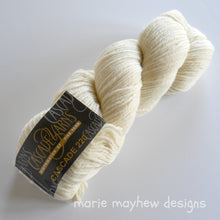 Load image into Gallery viewer, cascade 220 worsted weight cream yarn