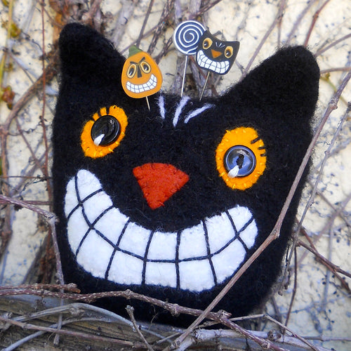 marie mayhew's black retro-cat pincushion pattern