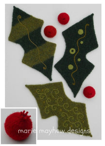 marie mayhew's woolly holly leaf & berries pattern