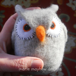 wool grey owl knitting and felting pattern