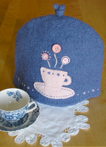 Woolly 6-cup Tea Cozy pattern