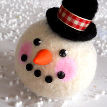 Load image into Gallery viewer, marie mayhew roly poly snowman pincushion