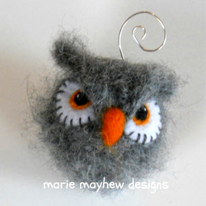tufted-ear owl ornament pattern