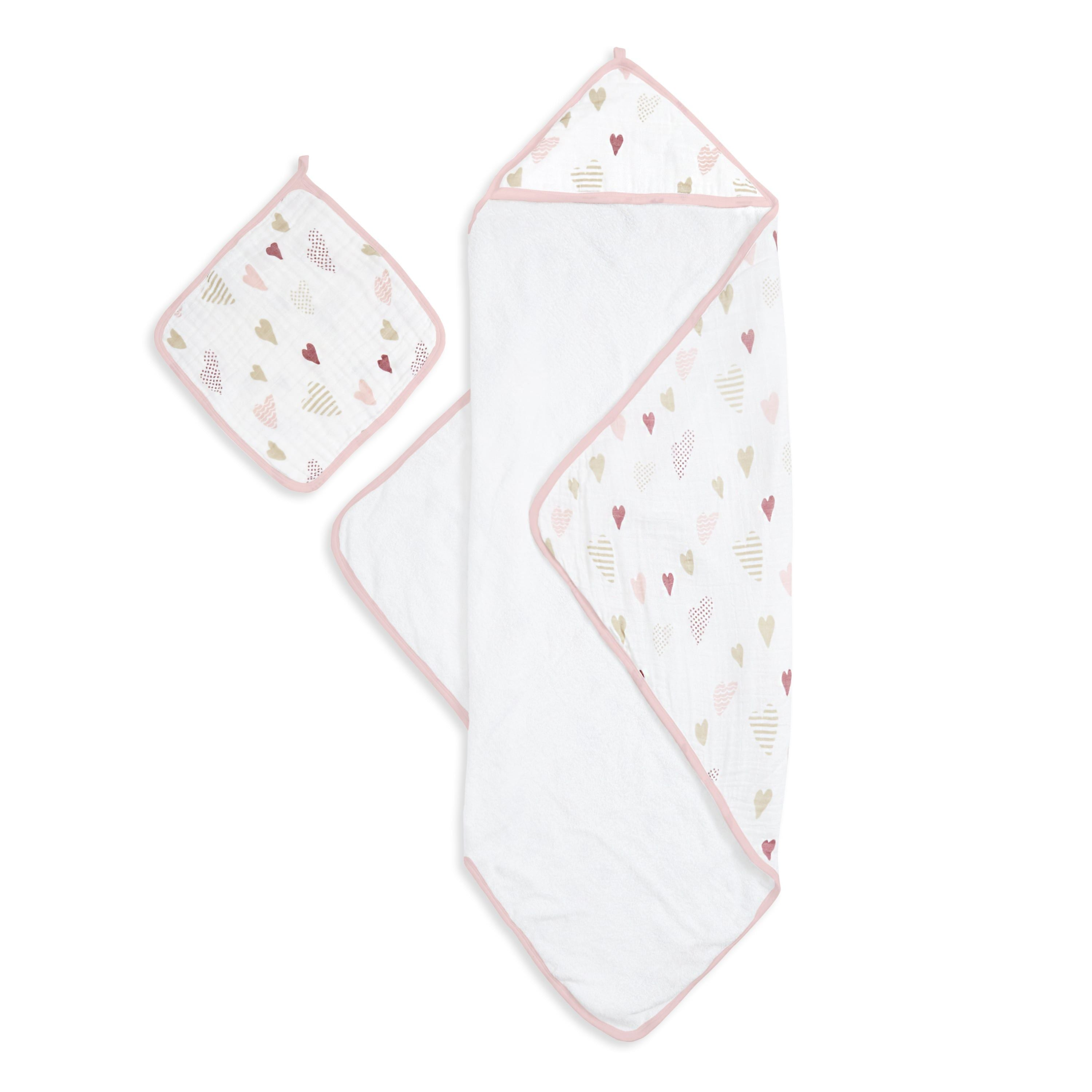 Muslin-backed Hooded Towel & Washcloth Set - Heart Breaker
