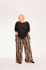 Tiger Micropleats Wide Pants