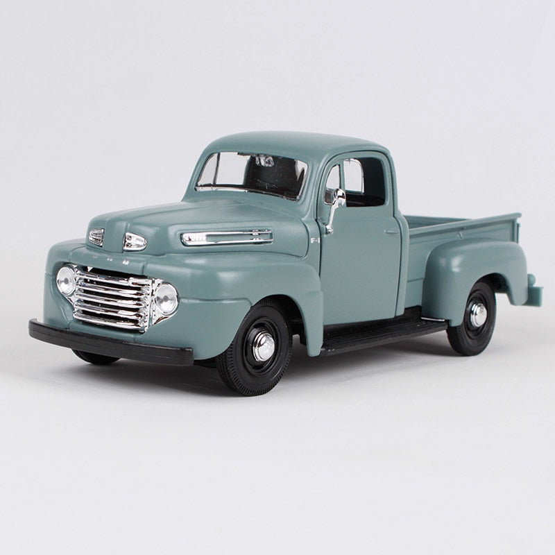Maisto 1:25 1948 Ford F-1 pick-up big truck