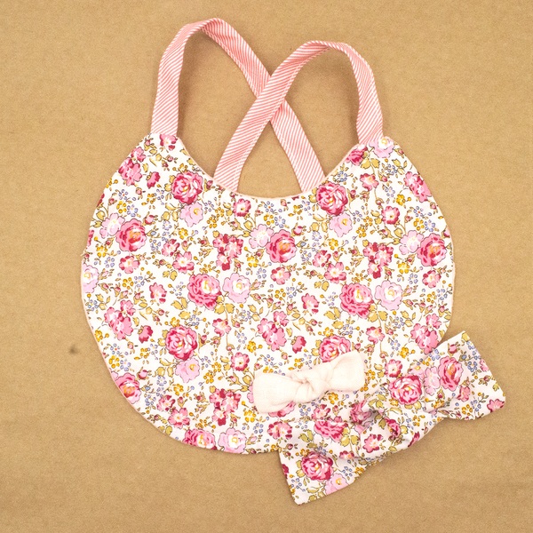Chloe Bib and Bows Set