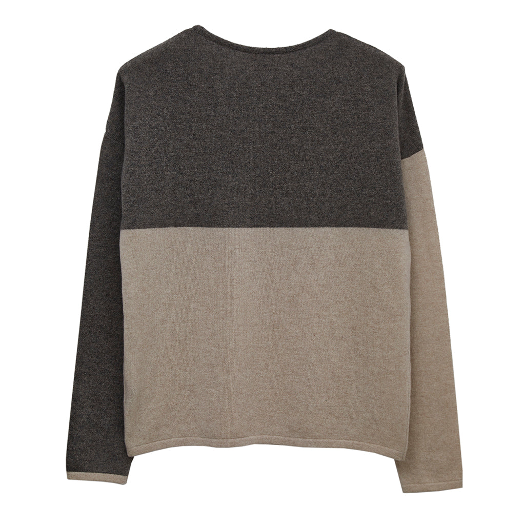 gaby cashmere jumper beige with otter geometric detail