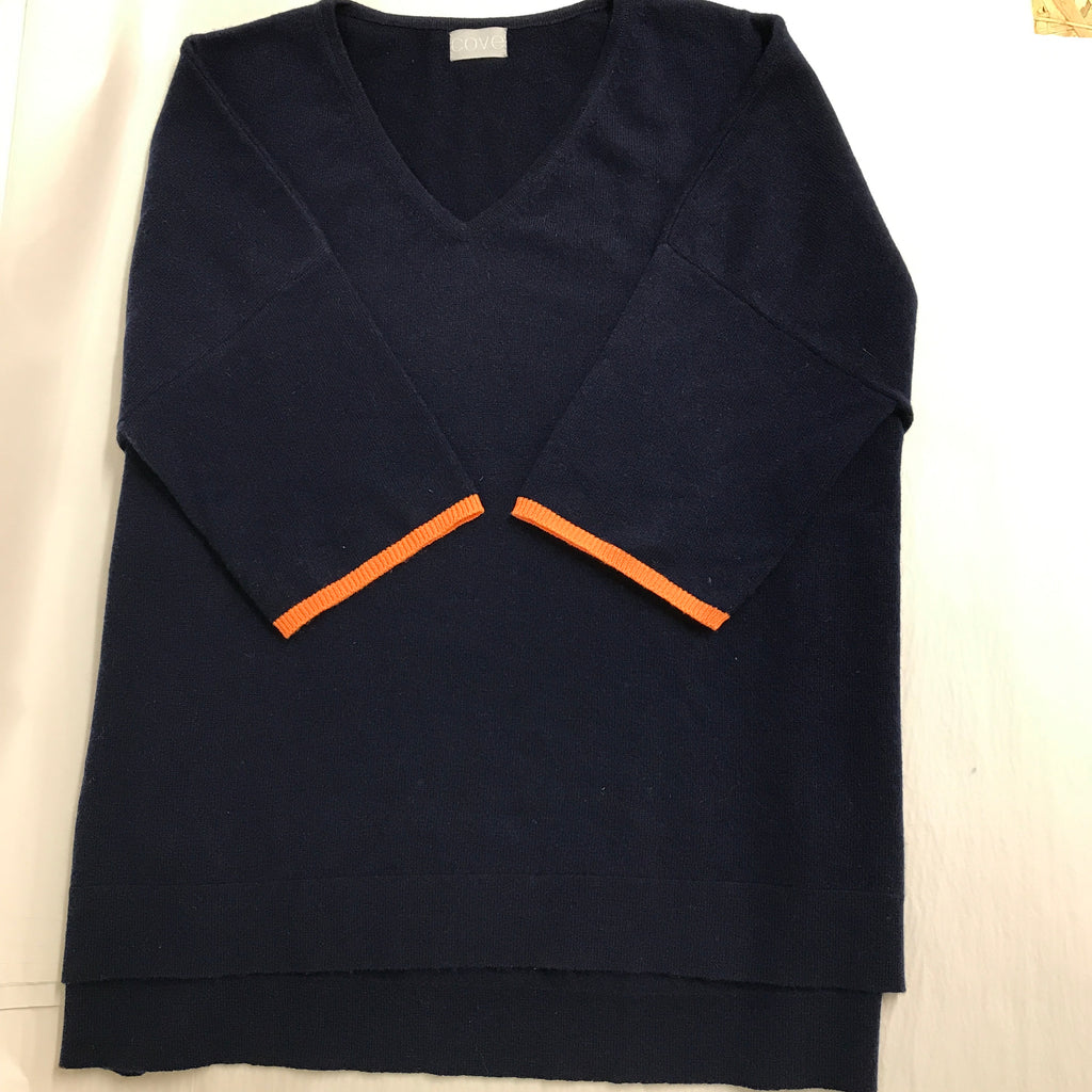 sample - 3/4 sleeve oversized v neck jumper