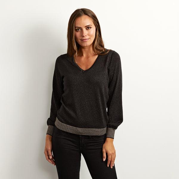 liliana black V neck