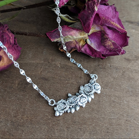 Memoriam Offering Necklace