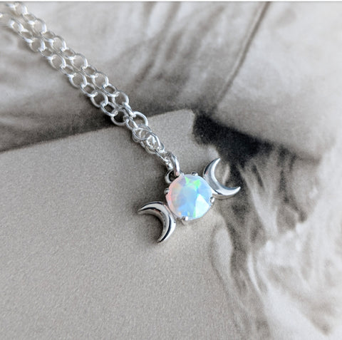 Glowing Darkness Necklace