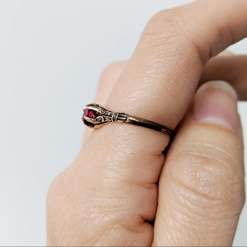 10k Victorian Ruby Ring