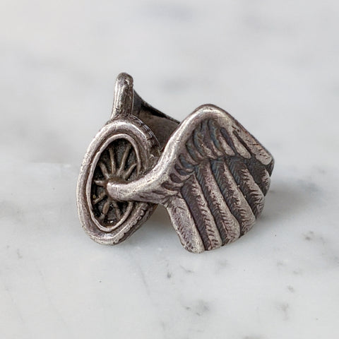 Vintage Sterling Winged Chariot Ring
