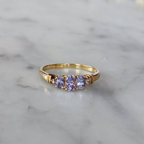 Antique 10K Oval Tanzanite Diamond Ring