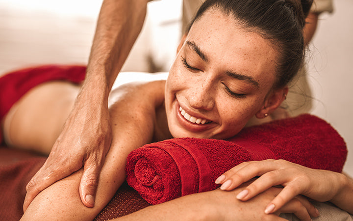 abhyanga back massage
