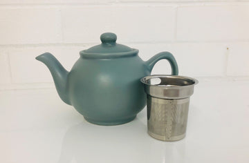 Red Box Price & Kensington Tea pot with built in Strainer