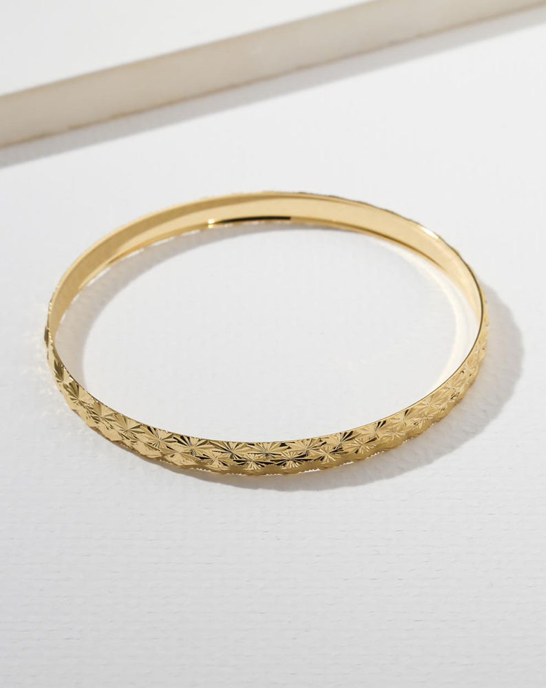 The Finesse Bangle in Gold