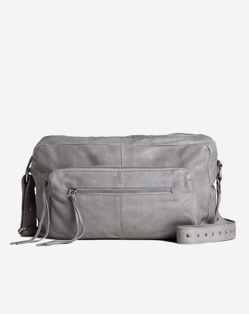 Pearl Shoulder Bag in Lite Grey